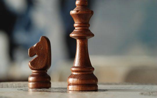 Czym są szachy dla dzieci? Jak zachęcić dziecko do grania w szachy?