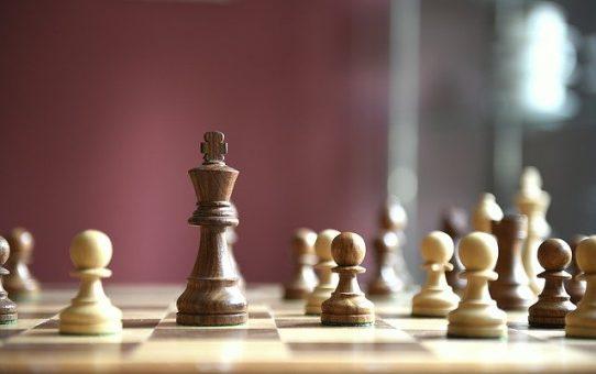 Nauka szachów przez internet, kiedyś popularna, teraz w okresie epidemii jeszcze bardziej!